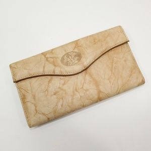 NWT Buxton Tan Marbled Leather Kiss Lock Wallet